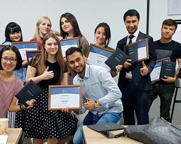 выпускники курса smm для бизнеса